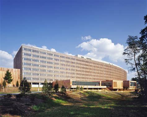 bureau u us census bureau headquarters som archdaily