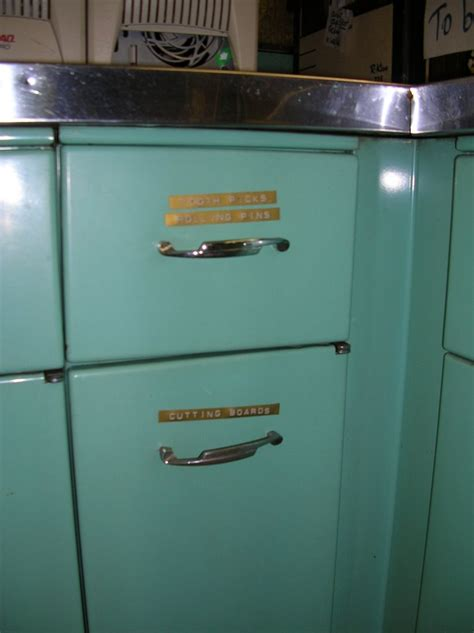 found 1963 aqua geneva steel kitchen cabinets from a