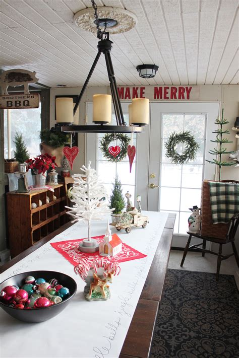 creative whimsical christmas decorating ideas flawssy