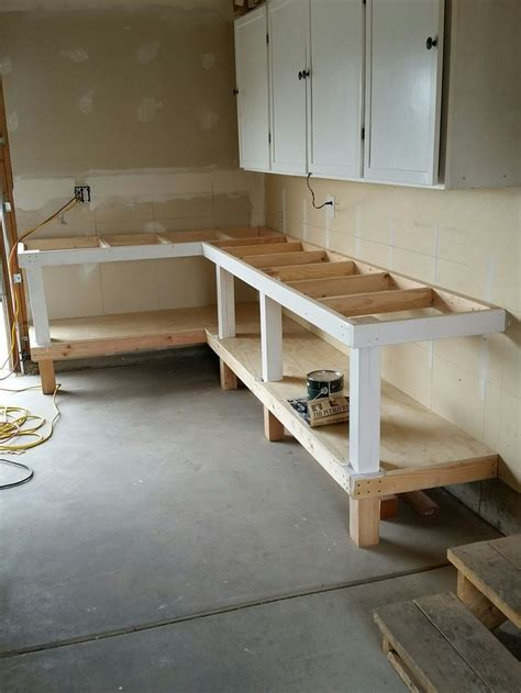 install  bench top plywood garage workbench plans