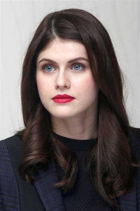 Couleur bleu sur cheveux rouge u2013 Coiffures de mode moderne