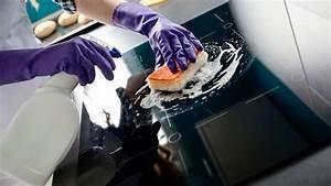 Nettoyer Plaque De Cuisson : comment nettoyer la c ramique d une plaque de cuisson ~ Melissatoandfro.com Idées de Décoration