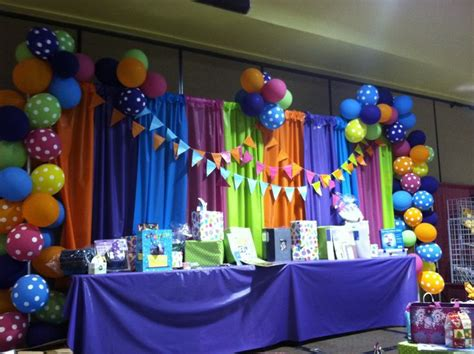 Decorating Ideas Using Plastic Tablecloths by Using Plastic Tablecloths For Decorations