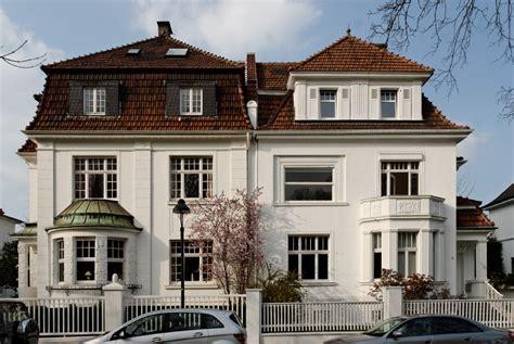 Häuser Zu Kaufen Düsseldorf by File Haeuser Meliesallee 8 Und 10 In Duesseldorf Benrath