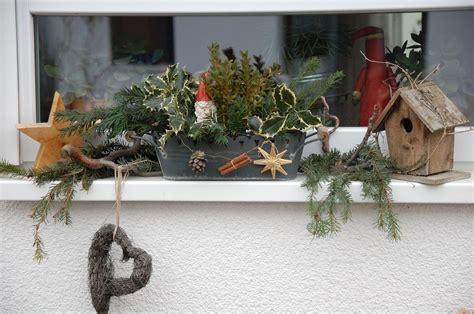 Fensterbank Mit Weihnachtsdeko