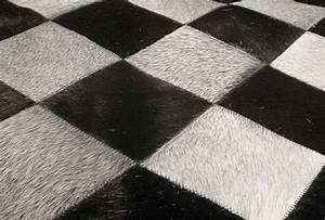 tapis en peau de vache damier noir et blanc lisboa 120x175 With tapis peau de vache noir et blanc