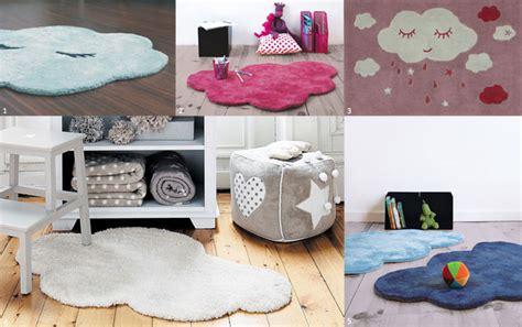 tapis pour chambre bebe le tapis chambre bébé confort et déco au ras du sol