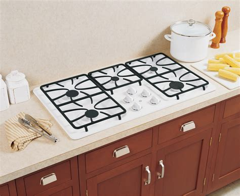 jgpdetww ge  built  gas cooktop white