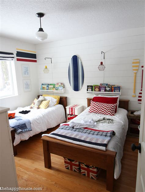 Organize Bedroom by How To Completely Organize Kid S Bedrooms The Happy Housie