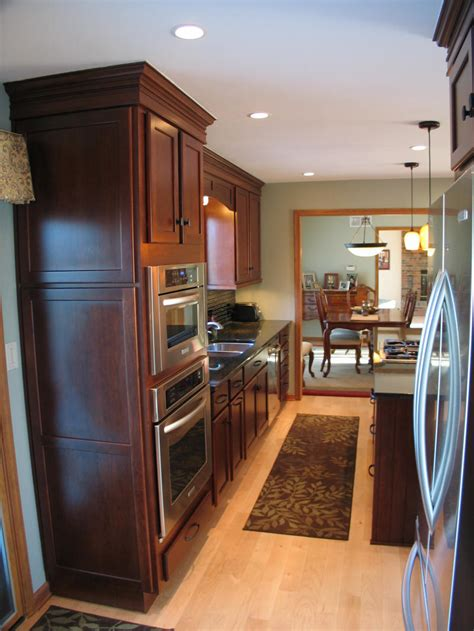 Carmel, Indianakitchen Remodel Photos  Remodeling. Kitchen Makeover For $50. Feng Shui Colors For Kitchen. Vintage Kitchen Homeware. Kitchen Cabinets Desk Workspace. Modern Kitchen Entrance Design. Kitchen Stove In Fireplace. Red Kitchen Accessories Ideas. Country Kitchen Knobs