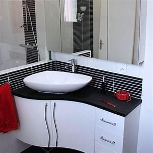 Armoire salle de bain angle for Salle de bain design avec trouver un décorateur d intérieur pas cher