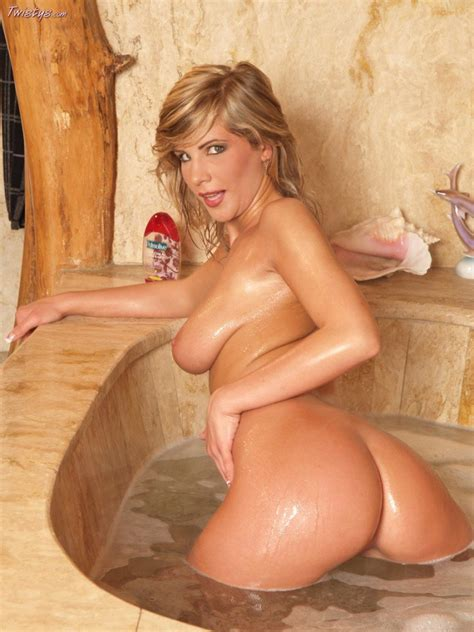 Tiffany Rousso Showing Off Her Sexy Body In Tub My