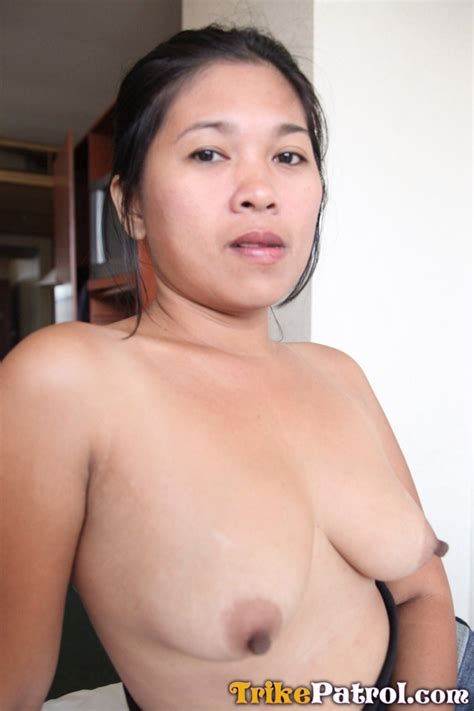 Filipino Milf 48936 Shy Filipina Milf Has First Taste Of