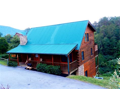 luxury cabins in pigeon forge 1000 images about the bigfoot lodge pigeon forge luxury