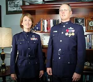 New service dress prototypes pique interest > U.S. Air ...