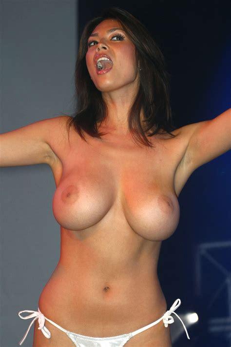 Tera Patrick Topless Photos TheFappening