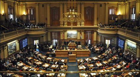 Colorado lawmakers make final push for hospitals bill