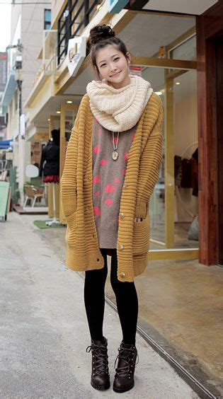17+ best ideas about Japan Fashion on Pinterest   Asian fashion Pretty asian girl and Asian bangs