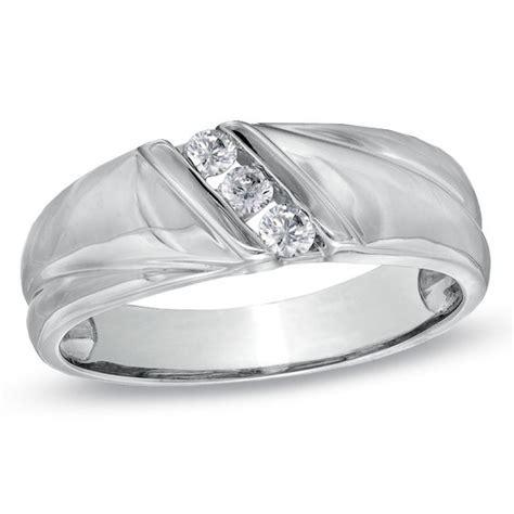 men s 1 6 ct t w diamond three stone slant wedding band in 10k white gold wedding bands