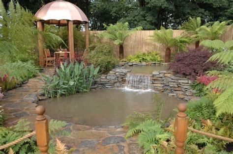 El Patio Eau Water by Am 233 Nager Un Jardin D Eau Chez Soi Richard Toit