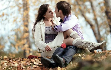 Top 10# Best Couples Wallpapers & Couple Pictures For