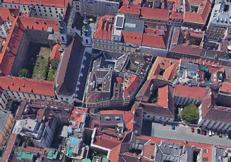 Haus Kaufen Genossenschaft Wien by Zur Sch 246 Nen Laterne Ein Stadthaus Im Herzen Wien