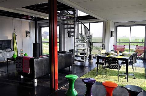container house  luxury living spaces