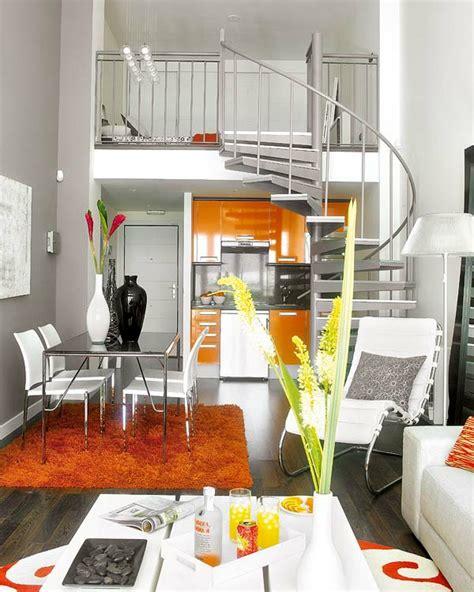 Einrichtung Kleiner Kuechekleine Kueche In Weiss Und Orange 2 by 140 Bilder Einzimmerwohnung Einrichten Archzine Net