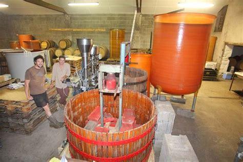 anjou bureau gestion wine tasting vineyards in damien bureau anjou