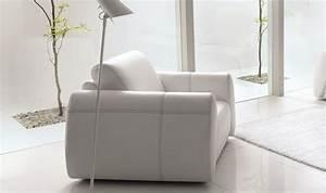 Fauteuil cuir pure fauteuil design cuir italien for Fauteuils contemporains italiens