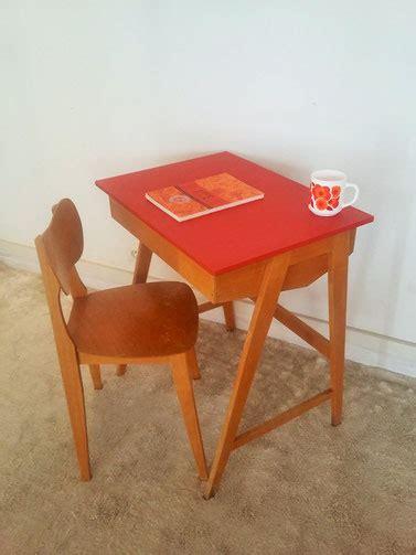 bureau pupitre bois bureau pupitre enfant vintage muros design et vintage