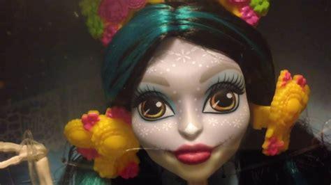 Skelita Calaveras Monster High Adult Collector Doll Review