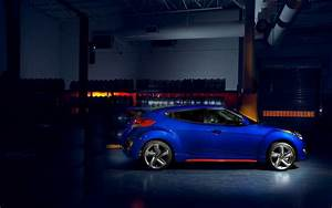 2015 Hyundai Veloster Turbo R Spec 2 Wallpaper HD Car