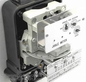 Ferranti Joule Meter Type Fn12 12 Volts Ac