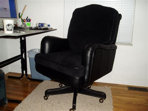 Most Comfortable Office Chairs Under 200