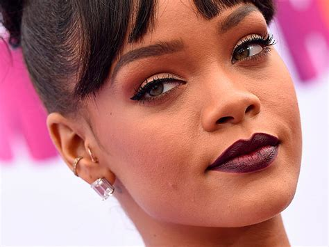 famosas  piercings actitudfem
