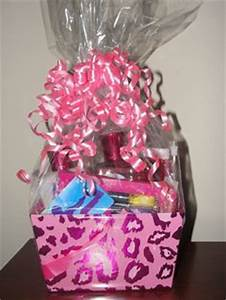 Teen Bday t basket iTunes tcard lotion candy