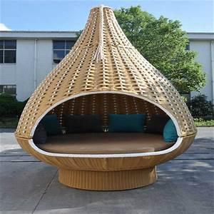 Lit Exterieur Jardin : en forme de nid d 39 oiseau de jardin en rotin lit suspendu ~ Teatrodelosmanantiales.com Idées de Décoration