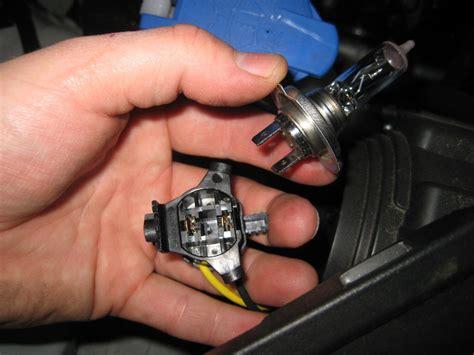 kia sorento headlight bulbs replacement guide 008