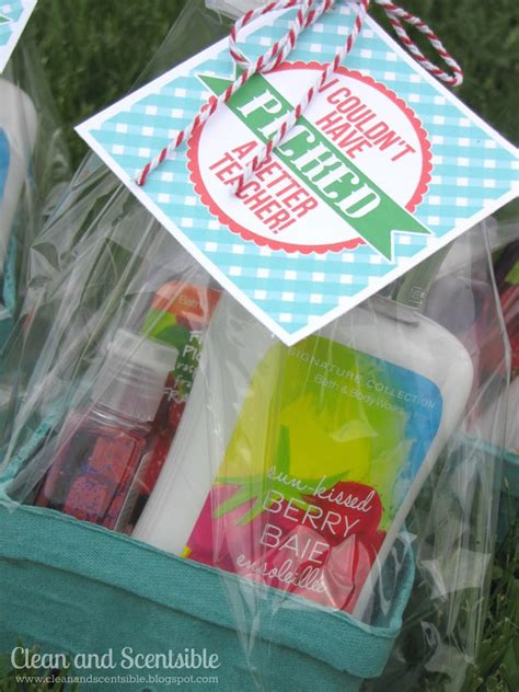 end of the year teacher gift clean and scentsible