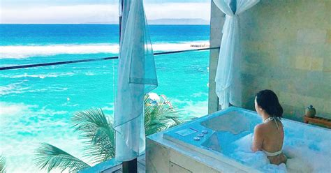 hotel mewah romantis  bali  view laut langsung