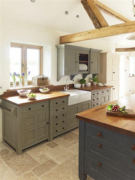 cuisine meubles gris modele de cuisine en bois repeindre mzaol com