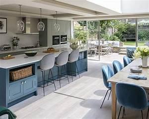 1001 idees pour amenager une cuisine ouverte dans l39air for Petite cuisine équipée avec meuble de salle a manger en bois massif