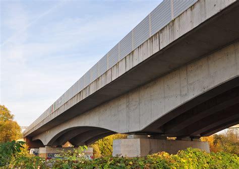 Der Baustoff Beton Und Seine Eigenschaften by Der Baustoff Beton Und Seine Eigenschaften Beton