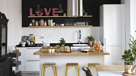 ilot central pour cuisine cuisine avec ilot le bois chez vous