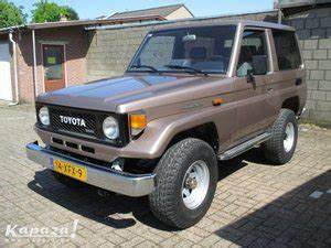 4x4 Toyota Occasion Particulier : toyota land cruiser toyota land cruiser 4x4 bj 70 occasion le parking ~ Gottalentnigeria.com Avis de Voitures