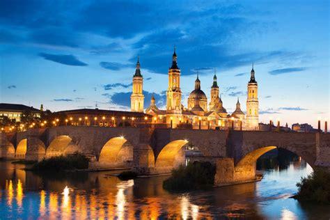 Gezimanya'da zaragoza hakkında bilgi bulabilir, zaragoza gezi notlarına, fotoğraflarına, turlarına ve videolarına ulaşabilirsiniz. Cheap Flights to Zaragoza (ZAZ) | BudgetAir.com® India