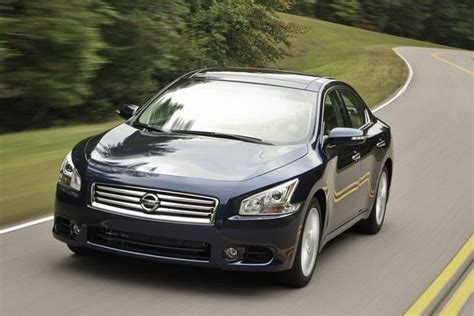 nissan maxima  car review autotrader