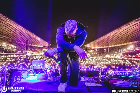 dj snake when the lights down dj snake premiered when the light s down at ultra 2018