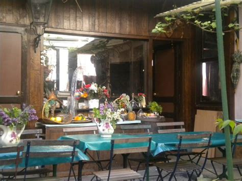 le vieux chalet montmartre restaurant reviews phone number photos tripadvisor